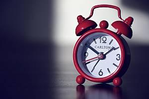 Artikelgrafik: Zeitmanagement im Büro