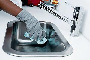 Grafik: Reinigung der Spüle