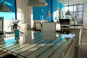Größerer Büroraum