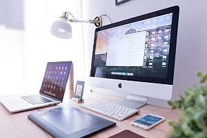 Stehschreibtische – ergonomische Merkmale & Tipps zur Nutzung