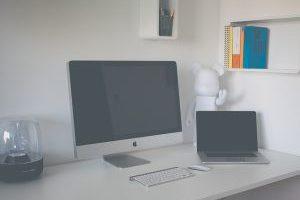 Artikelbild: Warum die Höhenverstellung für Schreibtische so wichtig ist